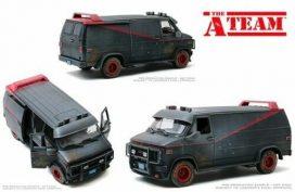 vieille camionnette noire et rouge
