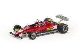 vieille voiture de course formule 1 rouge