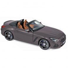 voiture de sport cabriolet grise