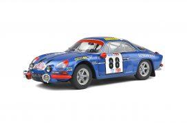 vieille voiture de rallye bleu