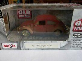 vieille voiture rouge